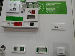 Avis Unica Schneider Electric: l'appareillage design au service de  l'électricien -