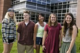 Bozeman High seniors overcome hurdles to reach graduation | Education |  bozemandailychronicle.com