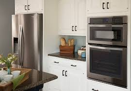 paint dated kitchen cabinets