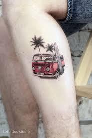 татуировка на ноге отличное дополнение к стилю это тату для