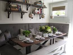 25+ Cozy Banquette Seating Ideas for Breakfast and Lunch