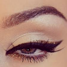 black gold glitter eye makeup for new years