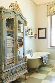 18 Shabby Chic Bathroom Ideas Suitable For Any Home (8)