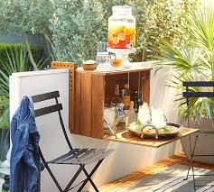 Patio furniture for small spaces Bungalow Porch Outdoor Deck Or Patio Furniture For Small Spaces Outdoor Dining And Lounge Furniture Round Up Playinghandsco Small Spacefriendly Outdoor Furniture Jojotastic