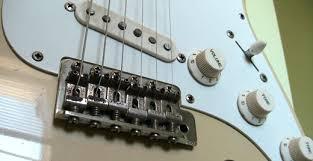 fender stratocaster vs tokai stratocaster guitar tokai goldstar sound mi 1985