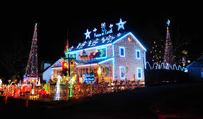 Average Wattage Of Christmas Lights What Your Christmas Lights Will Do To Your Electricity Bill