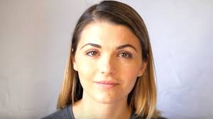 YouTube 'star' Lonelygirl15 back after seven years - BBC News