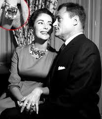 mike todd elizabeth taylor. Fine Elizabeth If You Can Believe It Kim Kardashianu0027s Engagement Ring Wasnu0027t The Biggest  Ever Given Back In 1956 Mike Todd Gave Elizabeth Taylor A 294 Carat Emerald  For