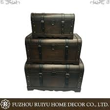 vintage storage chest old fashioned trunk vintage