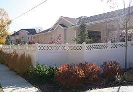 should i fence my front yard privacylink