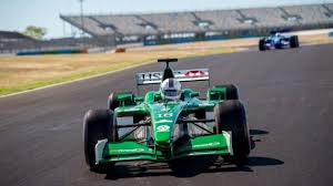 9,794,577 likes · 582,766 talking about this. Formula 1 Driving Experience Lrs Formula