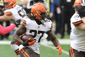 Kareem Hunt, D'Ernest Johnson fantasy football start/sit advice: What to do  with the Browns RBs in Week 7 - DraftKings Nation