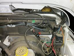 yet another 7 pin wiring harness th jeep wrangler forum once you hook up the wires to the battery from the 7 pin plug harness and fish the blue wire through to the cab you just follow the instructions that come