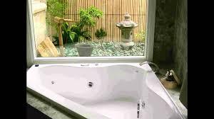 Bathroom:Big Modern Jacuzzi Triangle White Modern Corner Jacuzzi And Fresh  Bathroom Garden Design