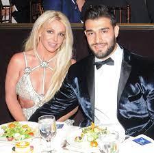 Britney Spears Engaged to Boyfriend Sam ...