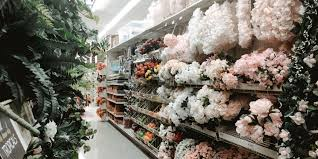 hobby lobby vs michaels which craft is better business insider