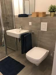 Badezimmer Graubrau Und Weiß Badezimmer Dusche M