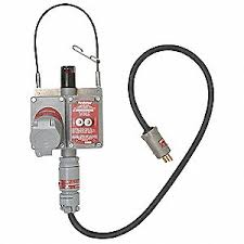 hazardous location plugs and receptacles grainger industrial supply portable gfci receptacle 120 vac voltage 20 amps number of poles 3 number of wires 2