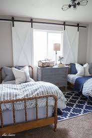 Cozy Neutral Bedroom for Teen Boys
