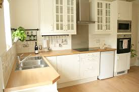 Tiled Kitchens How To Tile Bathrooms Or Kitchens Using Metro Or Subway Tiles