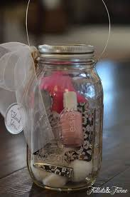 Decorating Mason Jars For Gifts 100 Easy And Unique DIY Holiday Gifts You Can Make With Mason Jars 19