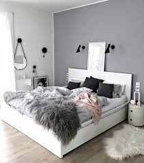 grey white bedroom. Fine Bedroom The Variation Of Textures Make This Minimalist Grey Bedroom Pop And White