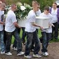 Hundreds pay respects to tragic Adam Jama - Manchester Evening News