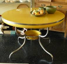 round formica kitchen table1950s kitchen table formica how to re chrome of 1950s