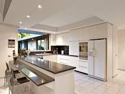 Modern open plan kitchen design using granite - Kitchen Photo 815223