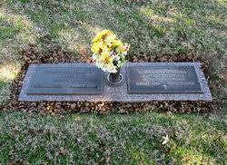 """Col Charles Maurice """"Charlie"""" Summers (1923-2002) - Find A Grave Memorial"""