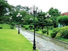 Đèn chiếu sáng sân vườn, trang trí sân vườn