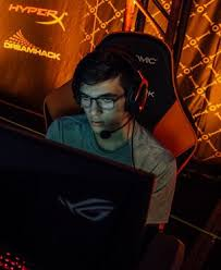 Pros such as squishy, justin and kaydop are always pushing the envelope to elevate their game. Squishymuffinz Liquipedia Rocket League Wiki