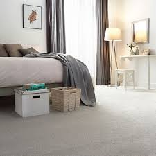 best colours to go with white carpets