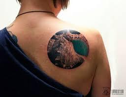 мужские и женские тату на лопатке значение идеи 50 фото тату