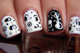 Nail Art Pictures: nail art gallery black white