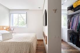 modelo de quarto pequeno com closet foto assetproject