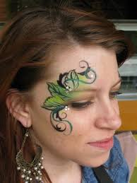 do leaves with one stroke and maybe a couple of flowers for a fairy design poison ivy
