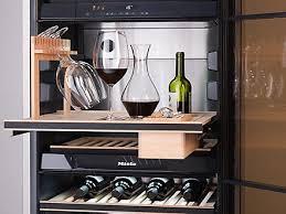 Miele <b>Винные</b> холодильники — новая грань наслаждения   Miele