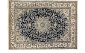 nain rug with traditional centre medallion