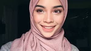 makeup tutorial using 2 palette