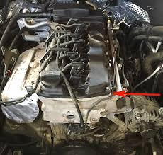 2011 porsche cayenne valve cover gasket replacement pawlik porsche 3 6 liter engine arrow points to location of valve cover gasket
