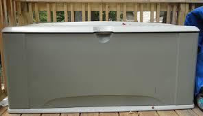 allthumbsdiyreviewsrubbermaidextralargedeckboxproblems large deck box u74