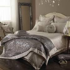 luxury bed set trends