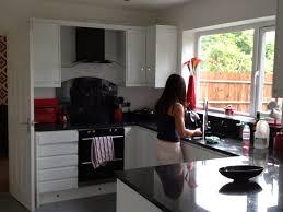 White Gloss Kitchen Worktop Cucina Kitchens Contemporary And Modern Kitchens