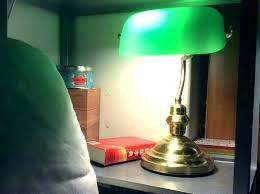 green bankers desk lamp green library lamp banker desk lamp bankers table lamp green green banker lamp vintage bankers desk green bankers desk lamp uk