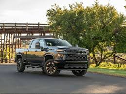 2020 Chevy 3500 Towing Capacity Chart 2020 Chevrolet Silverado Hd Review Pricing And Specs