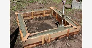 how to make poured concrete raised beds
