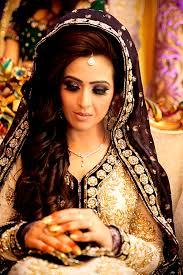 مكياج هندية للعروس images?q=tbn:ANd9GcT