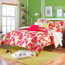 fantastic ideas teen vogue bedding cosmopolitan style bedroom gallery and fl inspirations amazing green wall color paint white sliding windows red