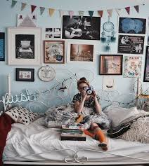 Bedroom Design Ideas Vintage Turn Your Normal Room Into A Vintage Bedroom Design